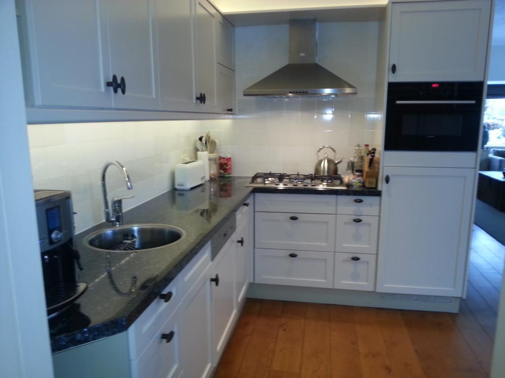 Verlichting Koof Keuken: Keuken renovatie. Exclusieve keukens en ...