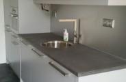 keuken renovatie nieuwe fronten en nieuwe blad van beton cire