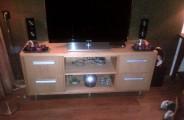 tv meubel gemaakt van eikenfineer